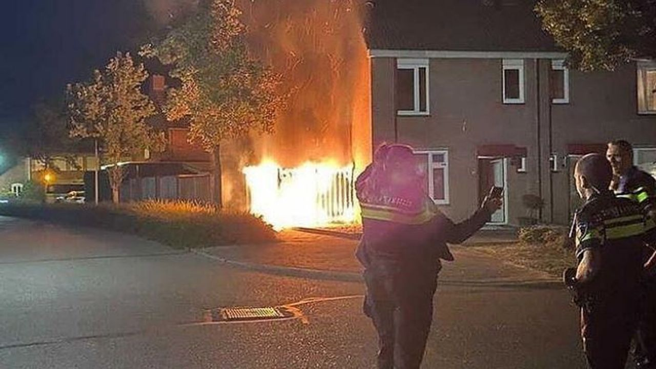 Brandweer rukt uit voor felle brand in Horst