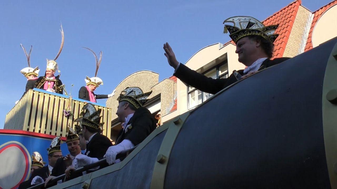 Grubbenvorst krijgt eigen bouwhal voor carnavalswagens