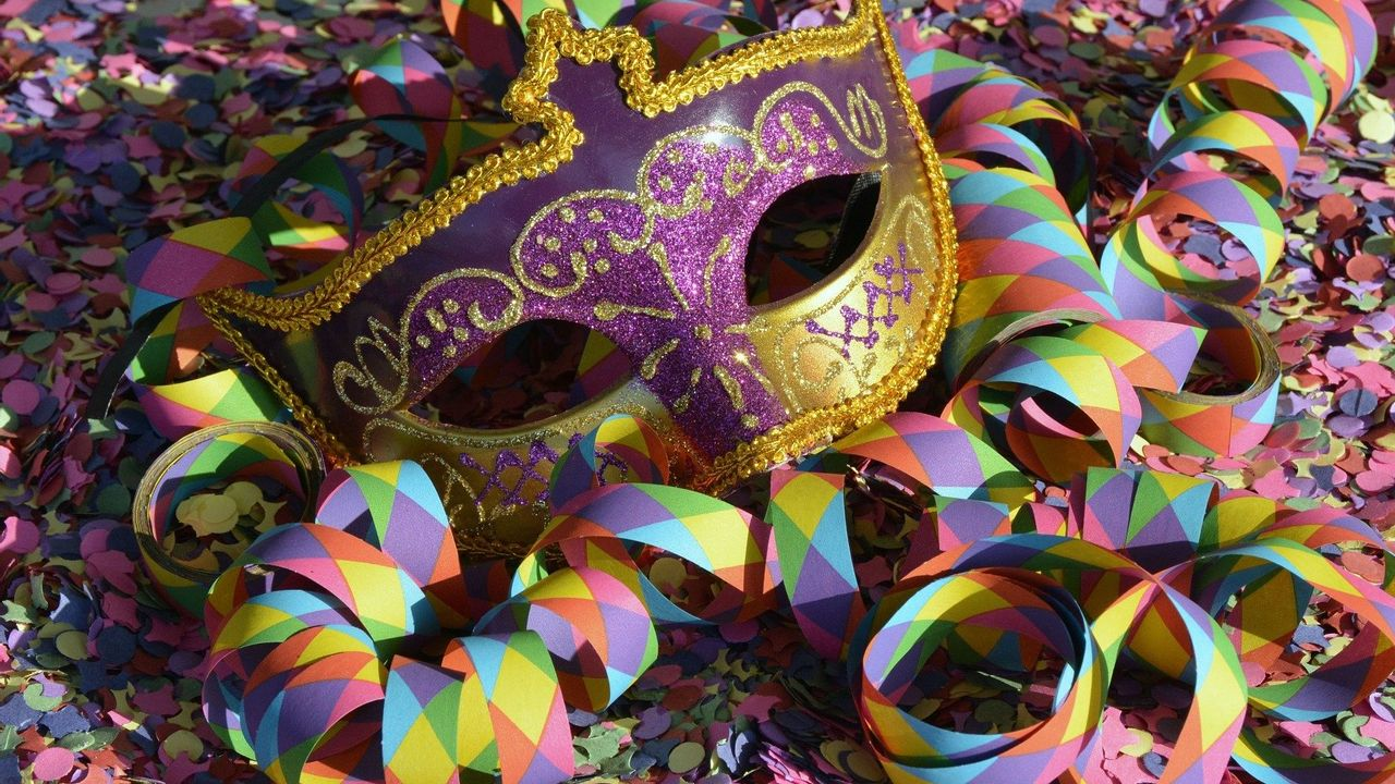 Dun Ezelskop maakt digitaal carnavalsprogramma bekend
