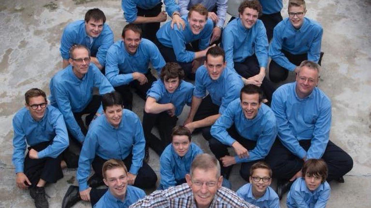 Slagwerkgroep brengt livemuziek terug naar Wilhelminaplein