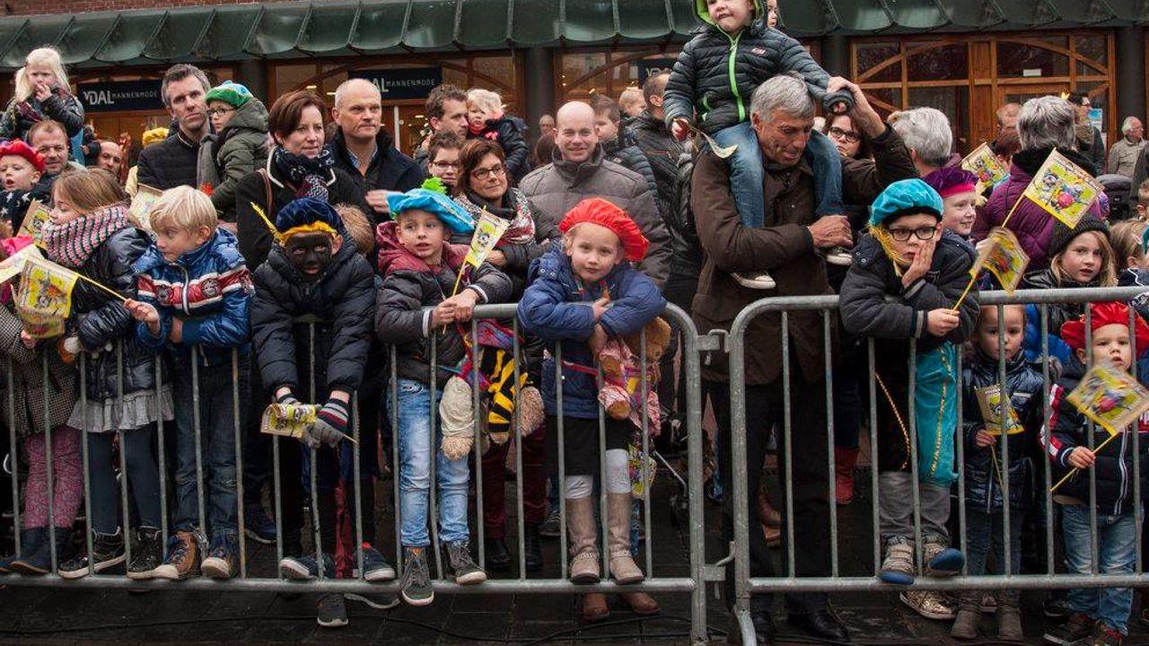 Sinterklaascomités denken na over aangepaste intochten