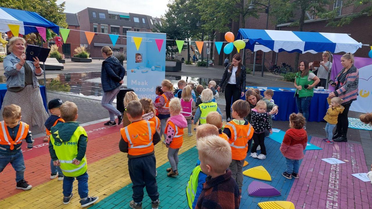 Lambertusplein in teken van Dag van het Jonge Kind