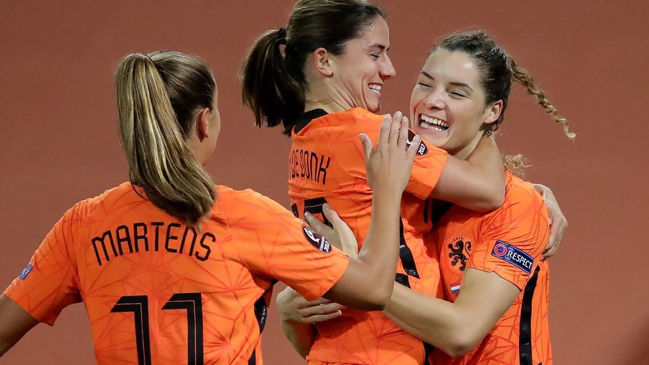 Dominique Janssen plaatst zich voor EK met Oranje Leeuwinnen