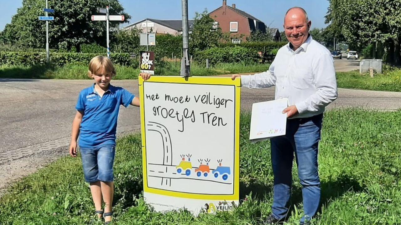 Tren Schuurmans start verkeersveiligheidscampagne in Kronenberg