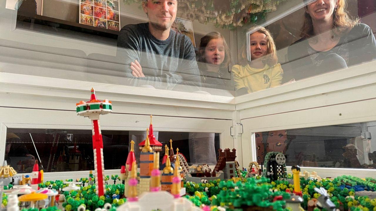 Mini-versie Efteling nagebouwd met Lego in Swolgen